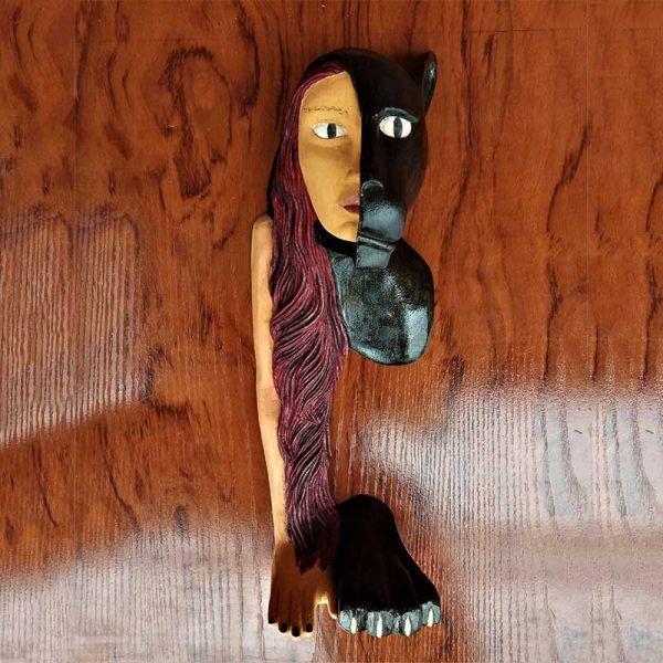Talla artesanal en madera de tilo, decoracion