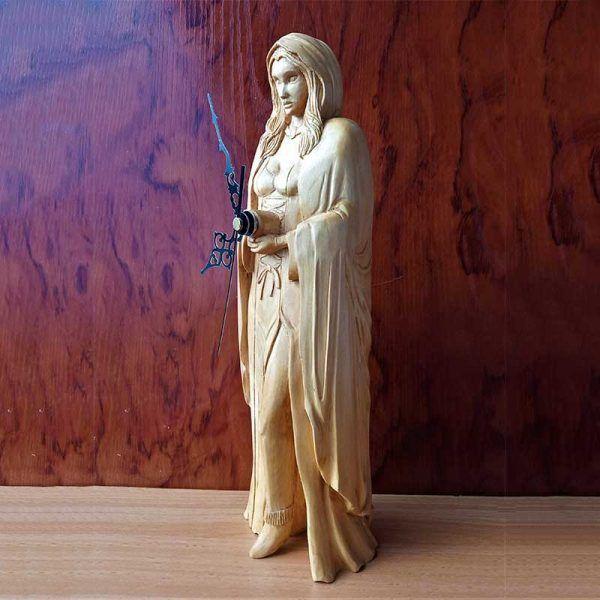 figura de madera tallada a mano, decoracion