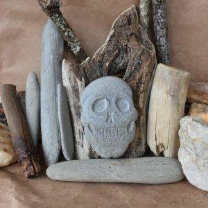 calavera de piedra, decoracion del hogar